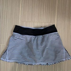 Lululemon pace run skirt